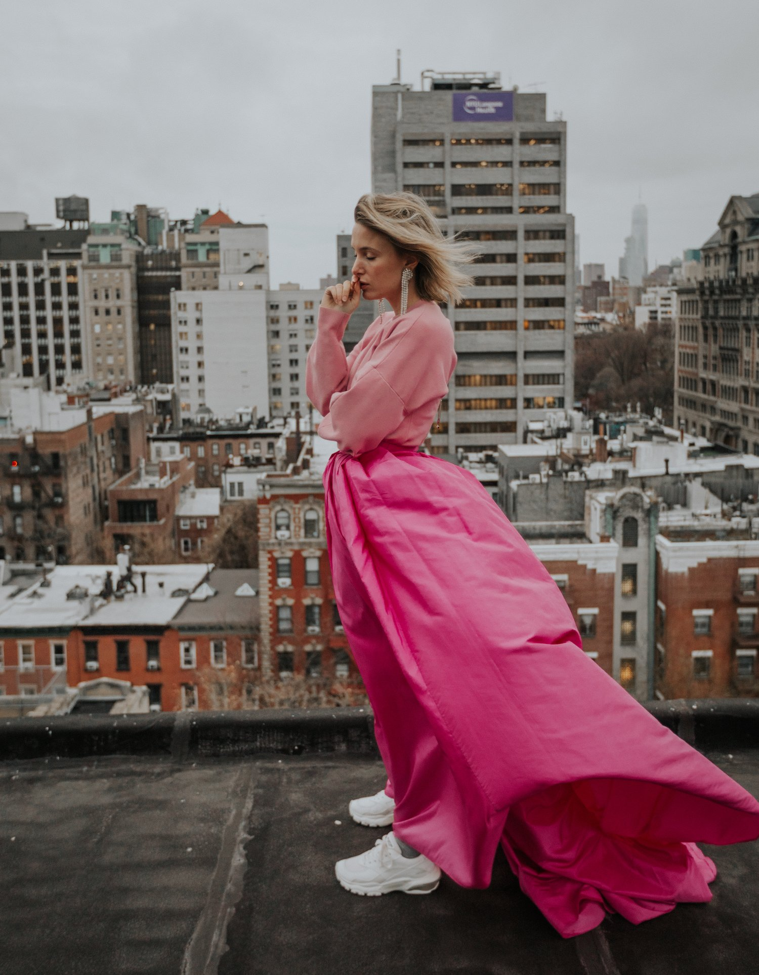 CAROLINA HERRERA PINK SKIRT NEW YORK